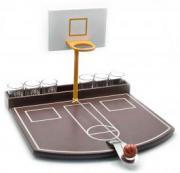 """Игра """"Алко-Баскетбол"""" с рюмками"""