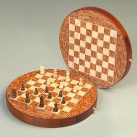 Шахматы на магните ― Подарки. Интернет-магазин оригинальных подарков. Необычные подарки - Лавка Радости