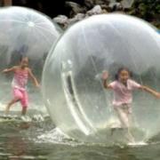 Катание на водном шаре для двоих